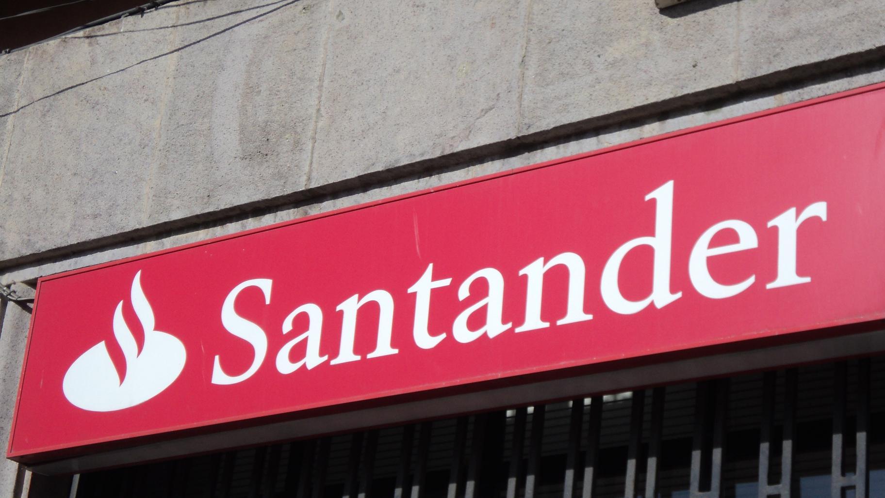Comisiones bancarias en los cajeros el alminar de melilla for Cajeros banco santander para ingresar dinero