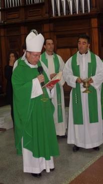 Monseñor Catalá y el padre Rafael López