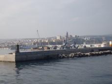 Muro del puerto de Melilla