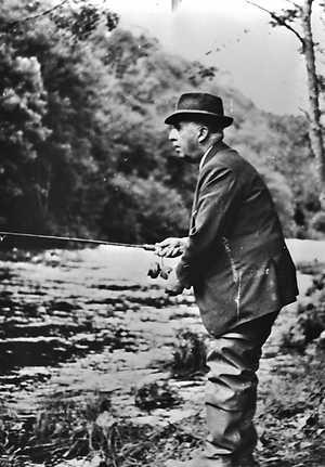 Generalísimo Franco, pescando