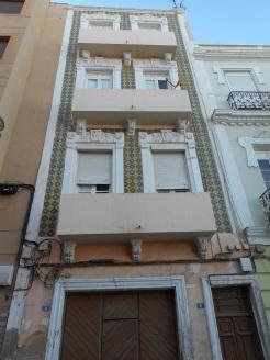 Tesorillo, edificio agrietado