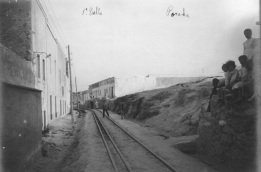Vías y casas, cerro de San Lorenzo