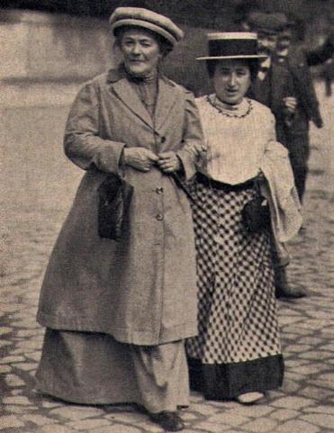 Margarita Zektin y Rosa Luxembrugo