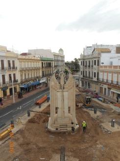 Plaza Héroes de España, monumento fascista