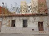 Calle Vitoria, vivienda abandonada