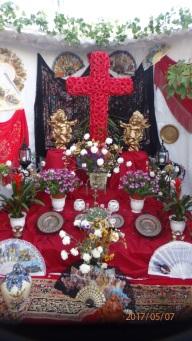 Cruz de Mayo, Sebastián y Loli