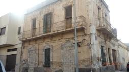 Edificio Modernista, Barrio del Real