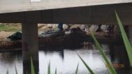 Viviendo bajo el río