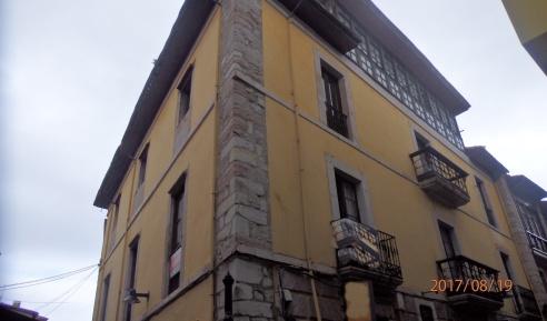 Llanes, alojamiento de Carlos I