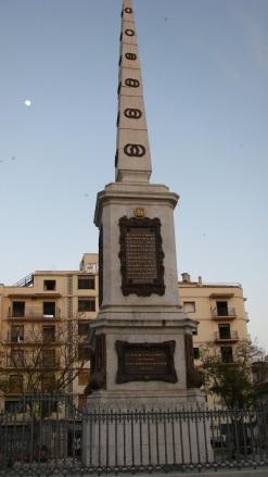 Plaza de La Merced, monumento a Torrijos