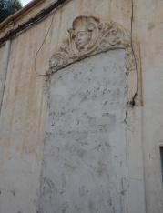 Mujer coronada, barrio del Real