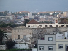 Techos y ruinas del cuartel