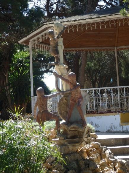 Rafael Picazo, estatuas de niños, parque Lobera