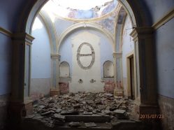 Capilla, interior derruido