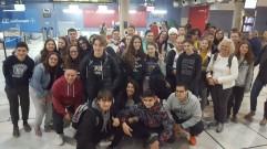 Grupo de estudiantes y profesoras