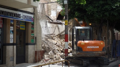 Demolición total, calle gral. Polavieja