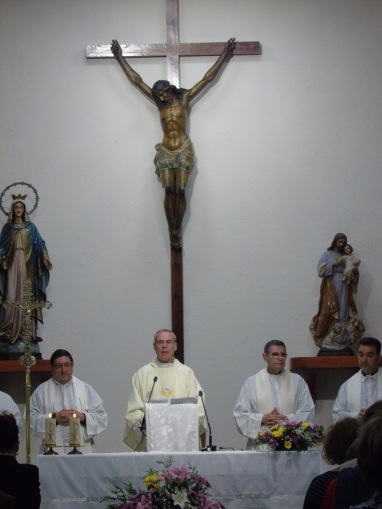 Monseñor Catalá y Roberto Rojo en San Agustín