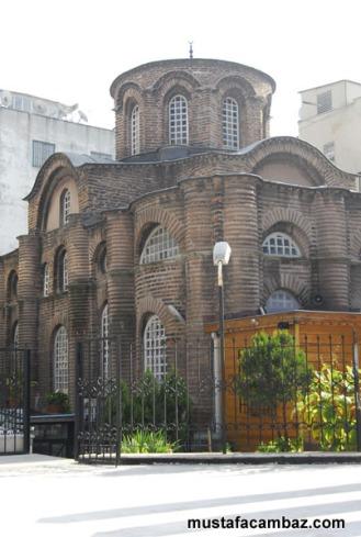Mezquita de Laleli, antigua iglesia de San Juan